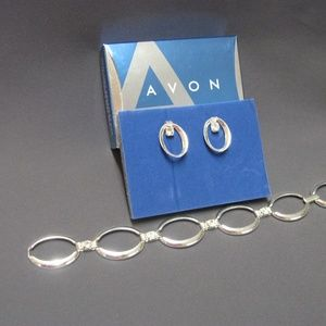 Avon Oval Link Bracelet and Earrings Silvertone
